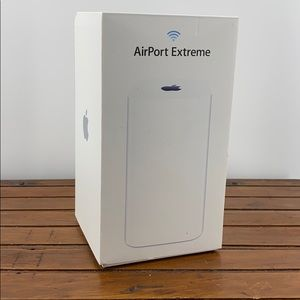 Apple AirPort Extreme A1521 w/box and power cord